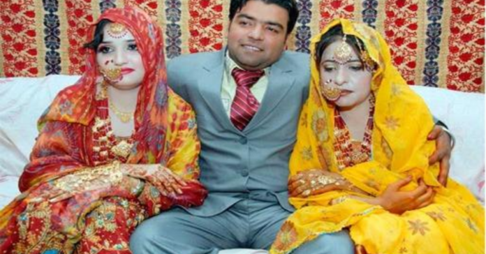 married-two-wommen-image