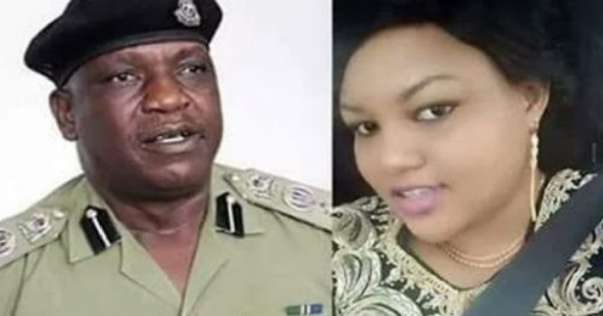he-gave-the-responsibility-to-his-friend-to-make-his-wife-pregnant-but-even-after-77-attempts-there-was-no-success